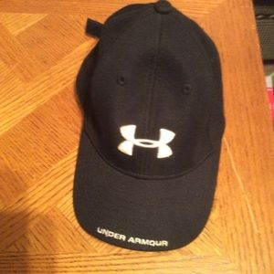 Boys youth Under Armour cap